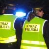 Kierowca staranował strażnika miejskiego - funkcjonariusz trafił do szpitala