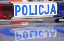 Kradzionym samochodem staranował brami na autostradzie A4 [ video ]
