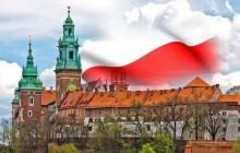 By polska flaga zawsze powiewała nad Wawelem!