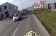 Tarnów: Szaleniec jeżdżący po galerii handlowej motorem zatrzymany !