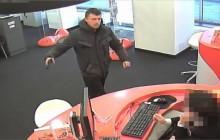 Poszukiwany sprawca napadu na placówkę bankową przy ul. Królewskiej [ zdjęcia ]