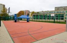 Znikają obskurne betonowe boiska, powstają nowoczesne kompleksy sportowe [ zdjęcia ]