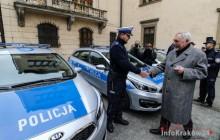 Kraków: Miasto przekazało Komendzie Miejskiej Policji 23 radiowozy [zdjęcia ]
