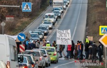 Protest mieszkańców Górki Narodowej! Zablokowali al. 29 Listopada [ zdjęcia ]