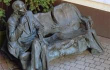 Ławeczka Jana Karskiego stanęła na krakowskim Kazimierzu