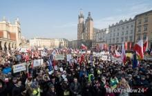 Manifestacja KOD w Krakowie: Przeciwko inwigilacji [ zdjęcia ]