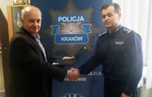 Magistrat przekazał sprzęt krakowskiej policji
