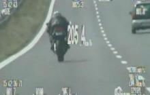 Oświęcim: Pościg za motocyklistą bez uprawnień do kierowania