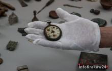 Tysiące zaginionych przedmiotów ofiar Auschwitz wraca do Miejsca Pamięci [zdjęcia ]