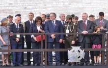 Prezydent Bronisław Komorowski z małżonką Anną na Jubileuszowym Zlocie Harcerstwa (zdjęcia )