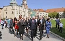Prezydent Chorwacji złożył wieniec na grobie Lecha i Marii Kaczyńskich (zdjęcia )