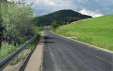 Limanowa: Wyremontowano drogi, mieszkańcy Kłodnego dojadą do nowych domów