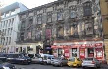 O włos od tragedii - 11 osób rannych po zawaleniu się schodów w klubie w centrum Krakowa [ZDJĘCIA VIDEO]