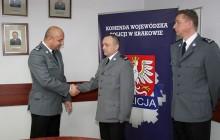 Bohaterski policjant z Krakowa, jako jeden z pierwszych ratował ludzi z katastrofy pod Szczekocinami