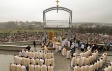 Święto Miłosierdzia Bożego: Tysiące pielgrzymów w Łagiewnikach [ zdjęcia ]