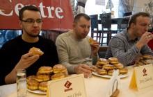 10. Mistrzostwa Krakowa w jedzeniu pączków na czas, za nami ! [ ZDJĘCIA ]