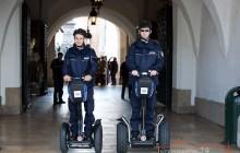 Krakowscy Policjanci testują przydatność