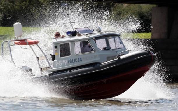 Dyżurny policji Komisariatu Wodnego w Krakowie uratował tonącego