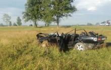 Tragiczne w skutkach zdarzenie drogowe w Jabłonce. Nie żyje 20-letni kierujący volvo
