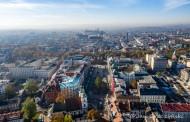Największy spadek zanieczyszczeń odnotowujemy w Krakowie