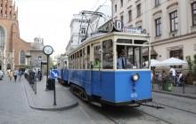 #ZwiedzajKraków z okien zabytkowych tramwajów i autobusów