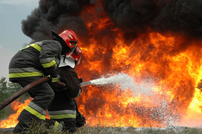 Myślenice: 50 latek podpalił się, mężczyzna nie żyje