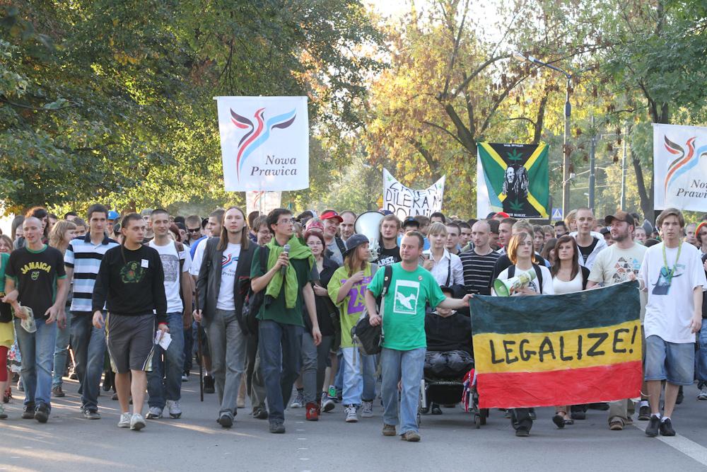 Marsz Wolnych Konopi w Krakowie ( zdjęcia + video )