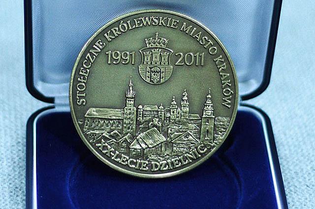 Medal na aukcję
