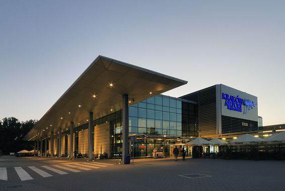 Z Kraków Airport do Girony