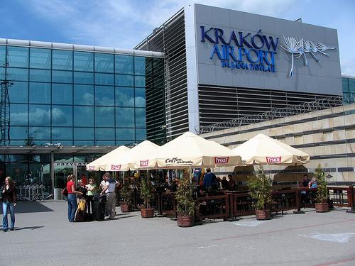 Krakowskie lotnisko ma własną sieć taxi