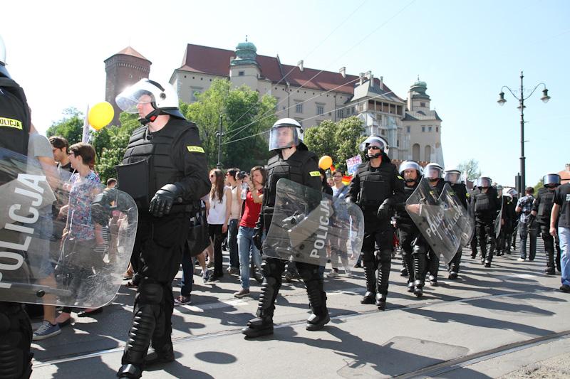 Marsz Równości kontra NOP [ ZOBACZ ZDJĘCIA ]