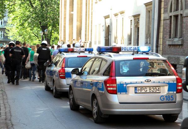 Pierwszy dzień Euro 2012 w Krakowie upłyną bez poważniejszych incydentów