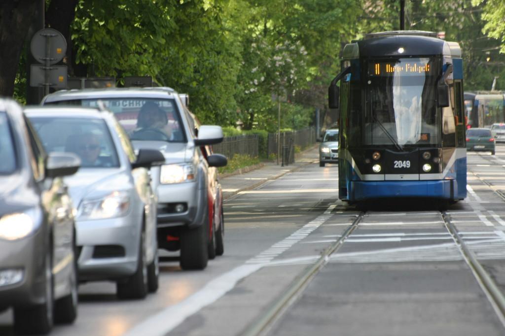 Zmiany nazw przystanków komunikacji miejskiej - będzie zamieszanie?