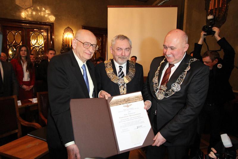 Władysław Bartoszewski: Honorowym Obywatelem Miasta Krakowa  [ZDJĘCIA]