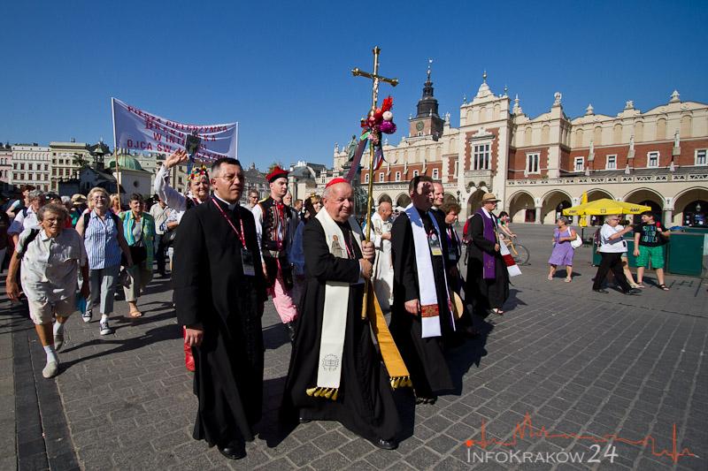 Z Krakowa wyruszyła Piesza Pielgrzymka na Jasną Górę [ zdjęcia ]