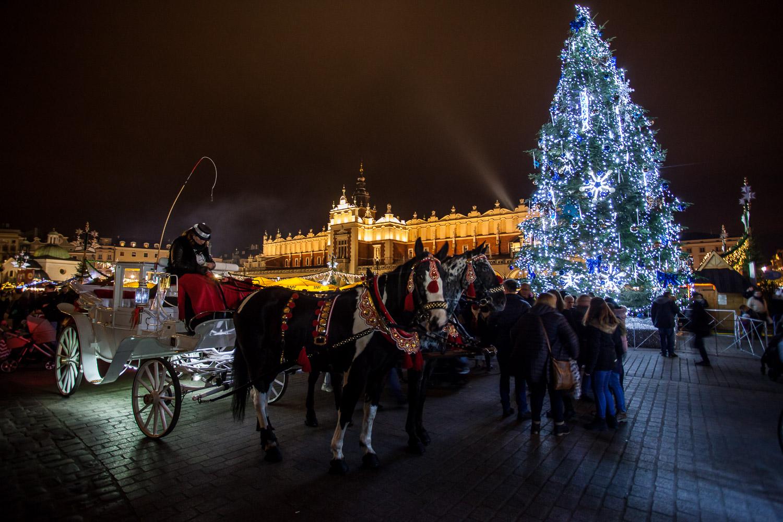 Poczuj magię świąt na Rynku Głównym