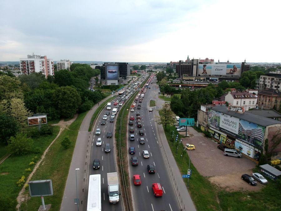 Na ulicy Konopnickiej powstały nowe buspasy