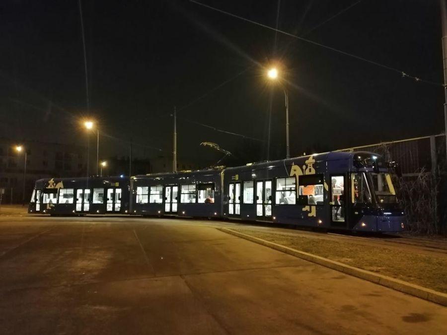 Nocne testy tramwaju Stadlera