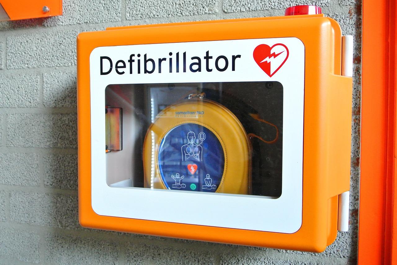 Kolejne defibrylatory na terenie Krakowa